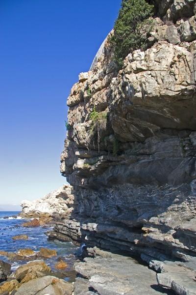 Hermanus-rocky-coast
